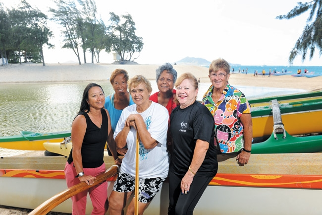 mw-cover-womenpaddlers-1