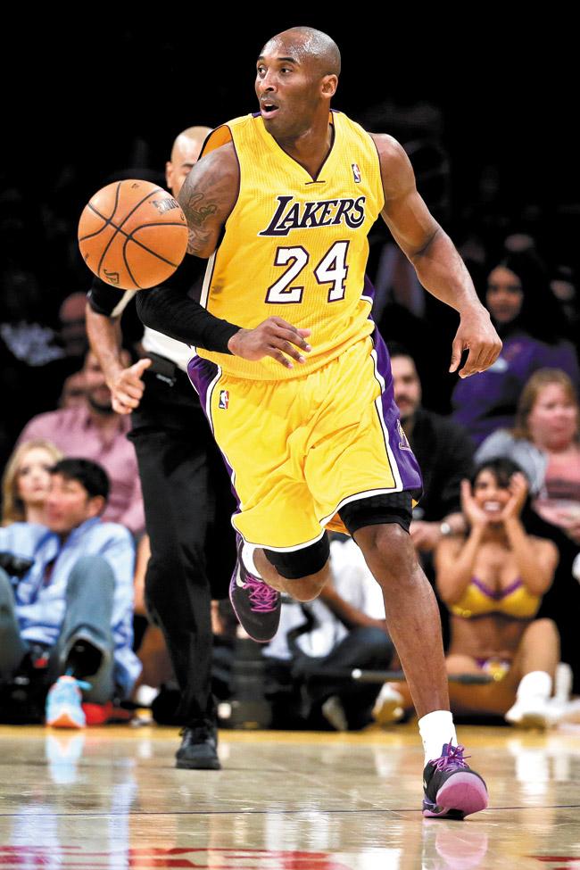 Kobe Bryant in action last Tuesday against Phoenix. AP photo