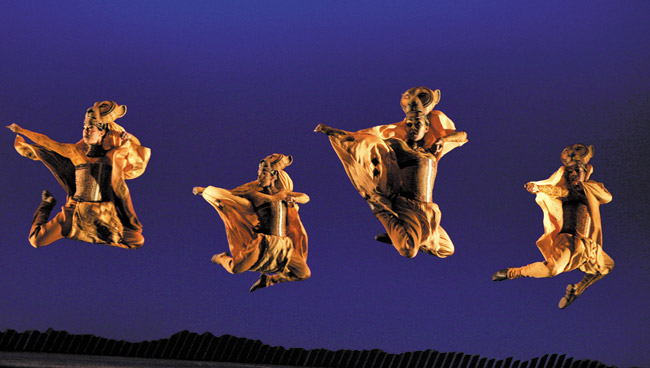 'Lionesses Dance' in THE LION KING National Tour. Joan Marcus photo. ©Disney