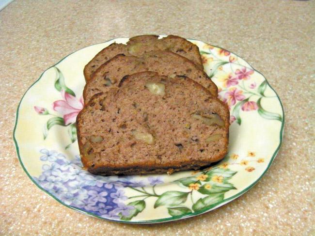 Healthy and tasty banana bread. Diana Helfand photo